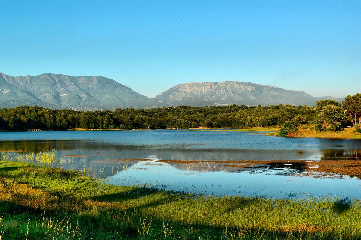 Искусственное озеро, Тирана