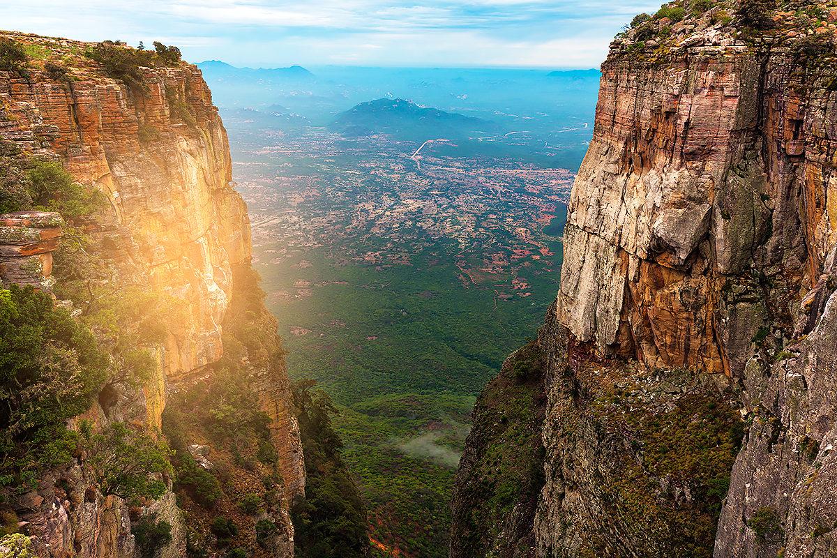 Ущелье Тундавала-ангольское природное чудо