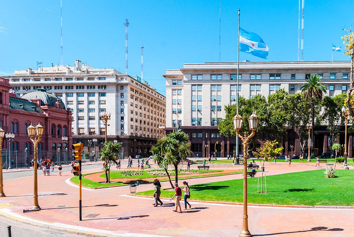 Площадь Мая