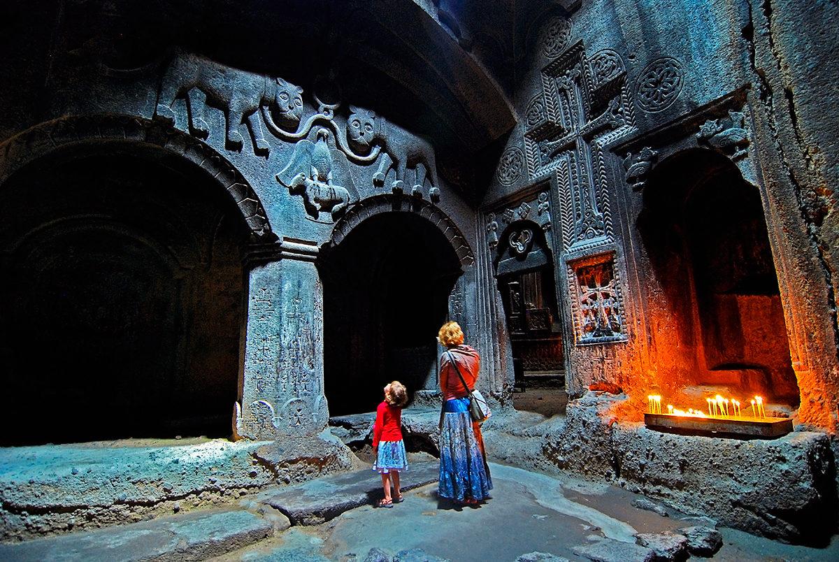 Была ли Лара Крофт в древних монастырях Армении?