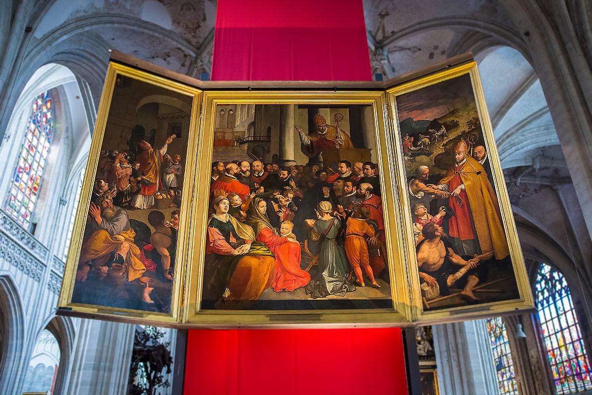 Художественные полотна в Соборе, Антверпен