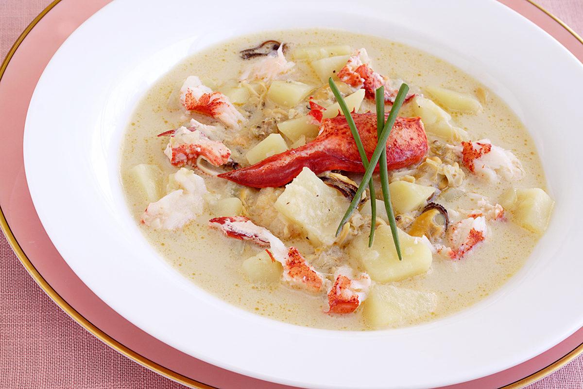 Суп с мясом омара