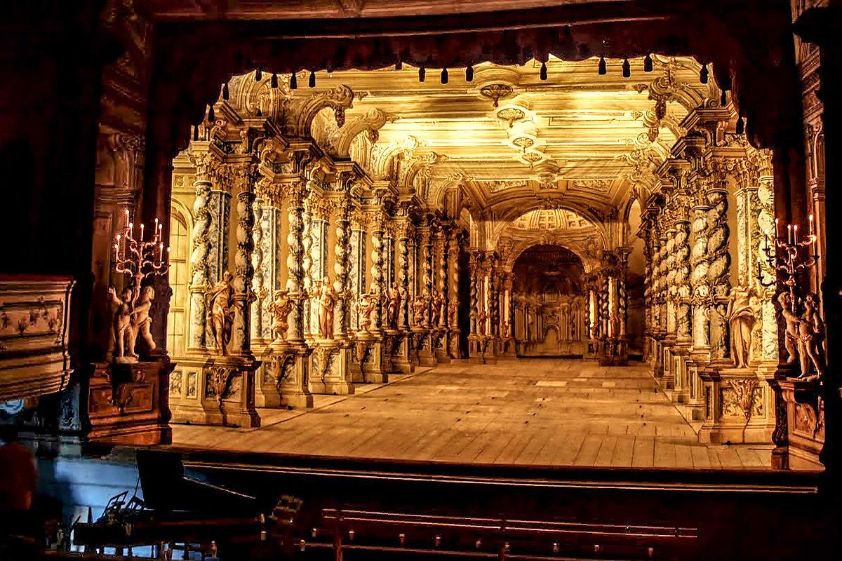 Сцена неповторимого барочного театра, Чески-Крумлов
