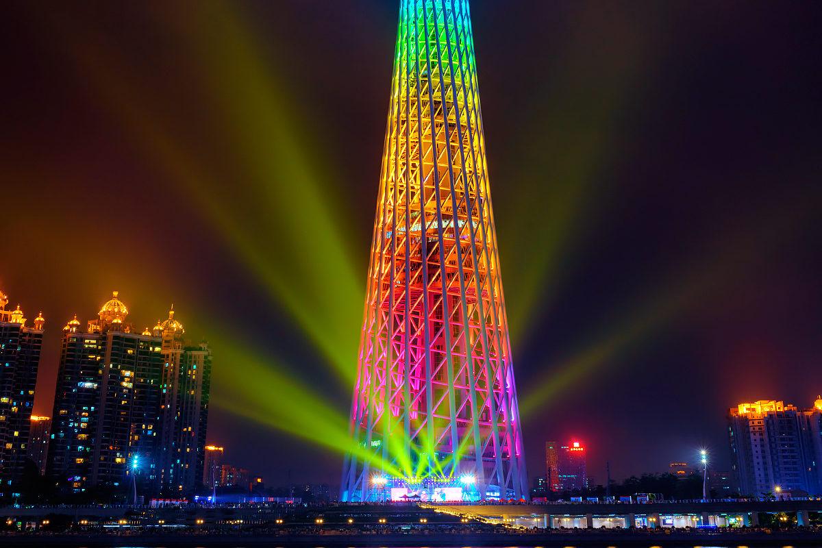 Вечерние огни Телебашни Гуанчжоу