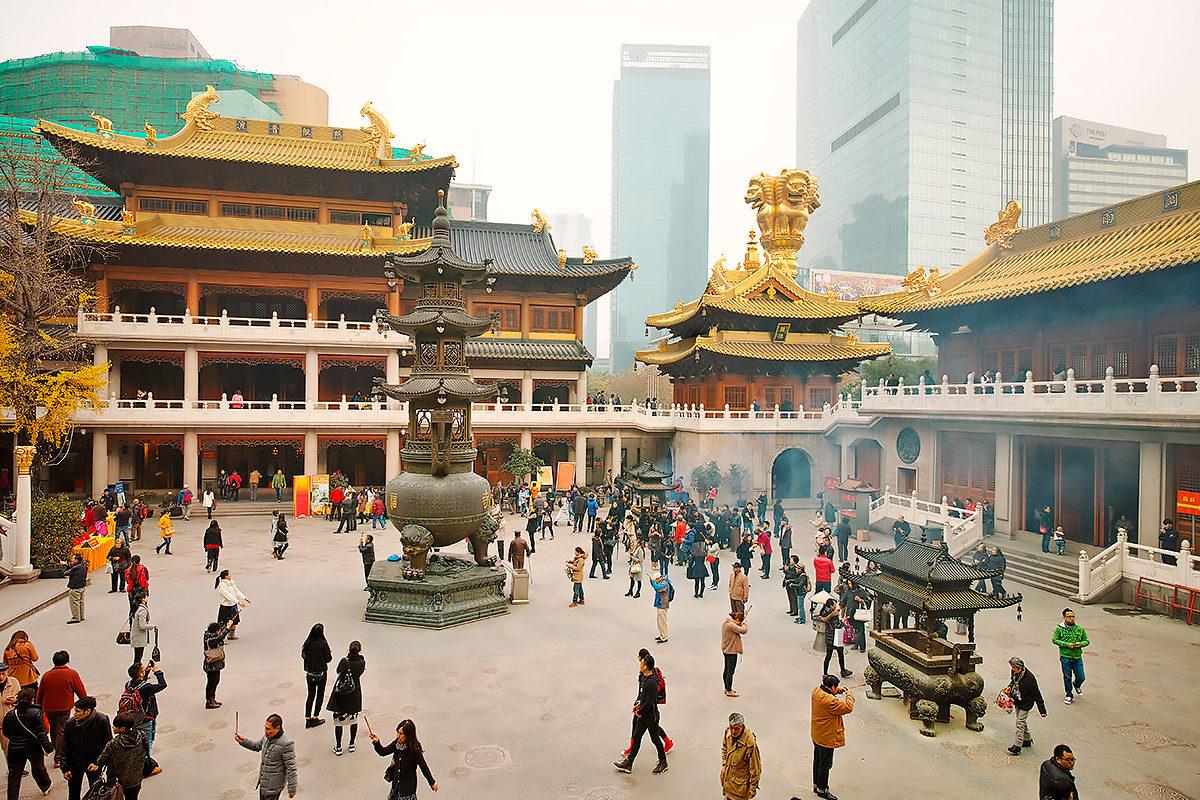 Двор Храмового комплекса Цзинъаньсы