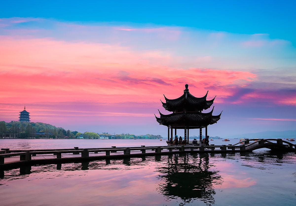 Павильон на озере Сиху