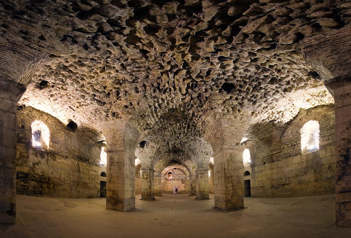 Подвал дворца Диоклетиана, Сплит