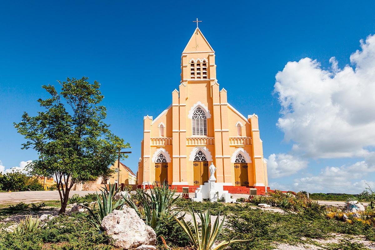 Католическая церковь в Кюрасао