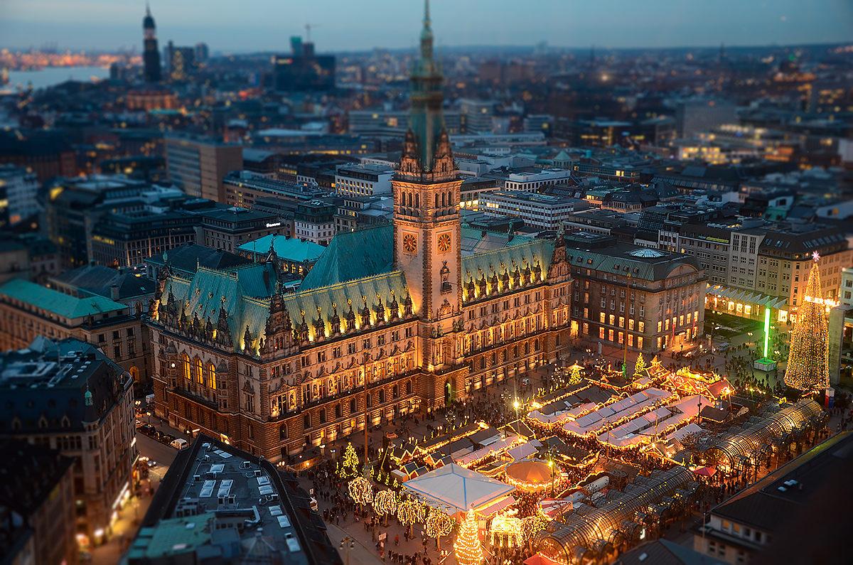 Гамбургская ратуша, вид сверху