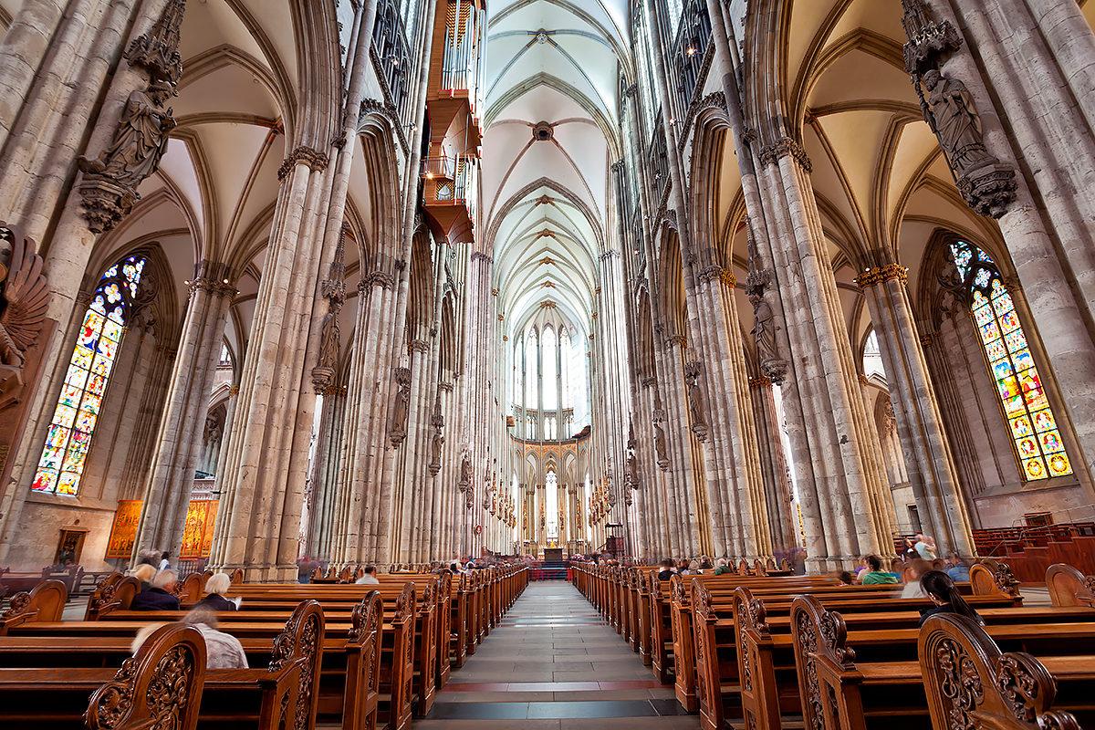 Интерьер Кельнского собора