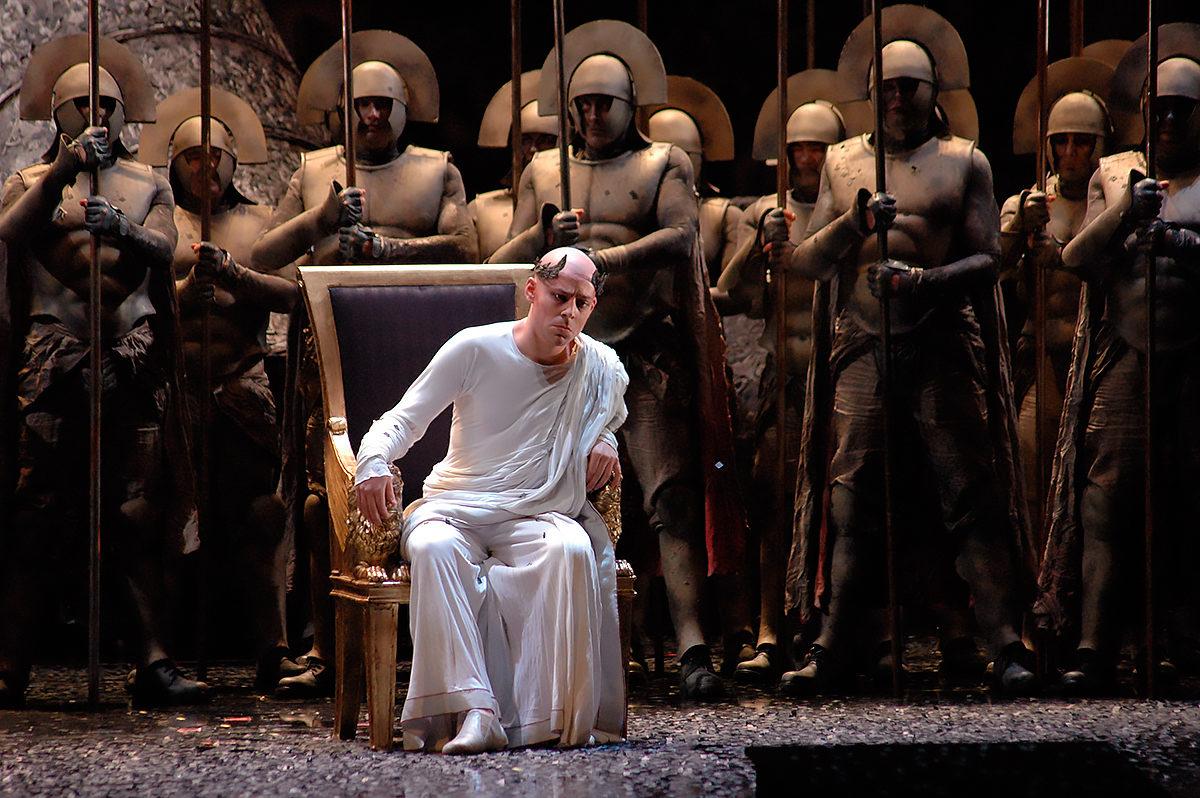 Постановка в Берлинской государственной опере