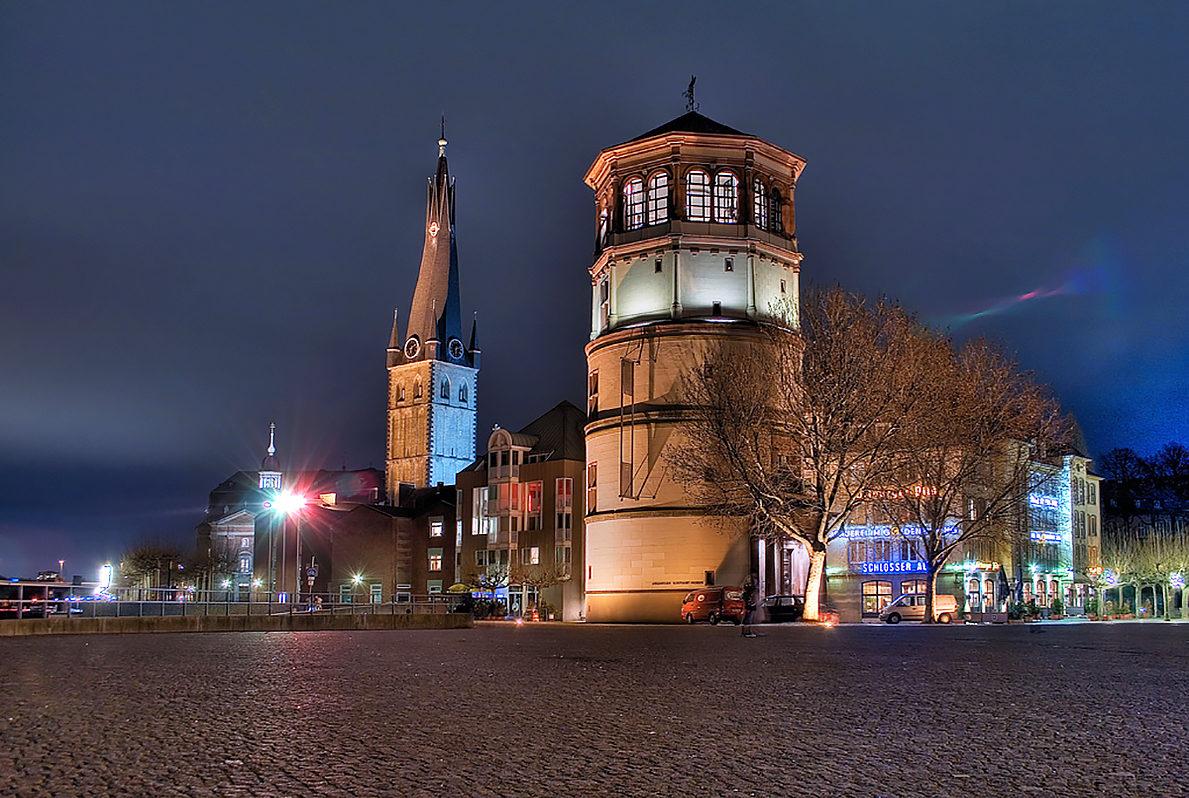 Башня Дюссельдорфского замка, общий вид