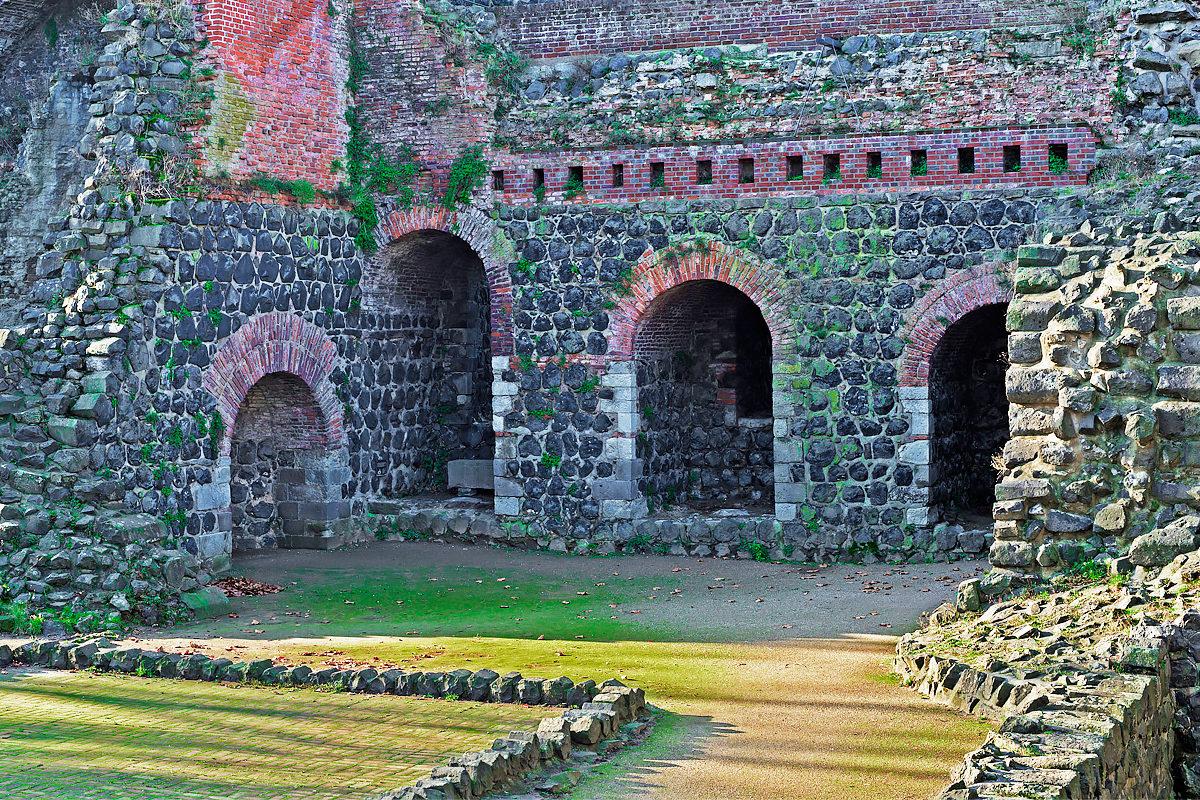 Руины Императорского дворца Кайзерверт