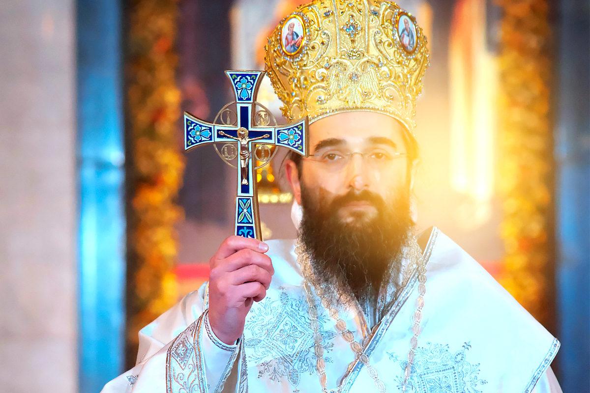 Служитель церкви, хранитель веры.
