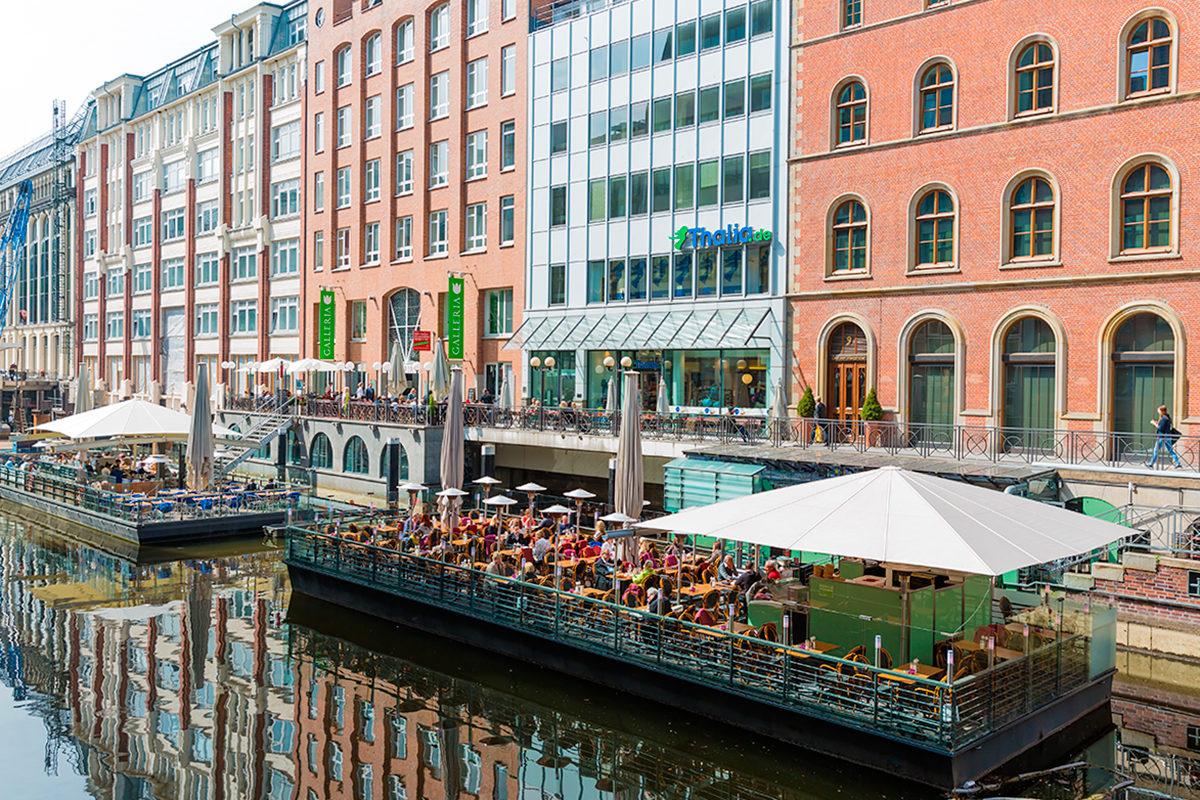 Ресторан на плавающей террасе, Гамбург