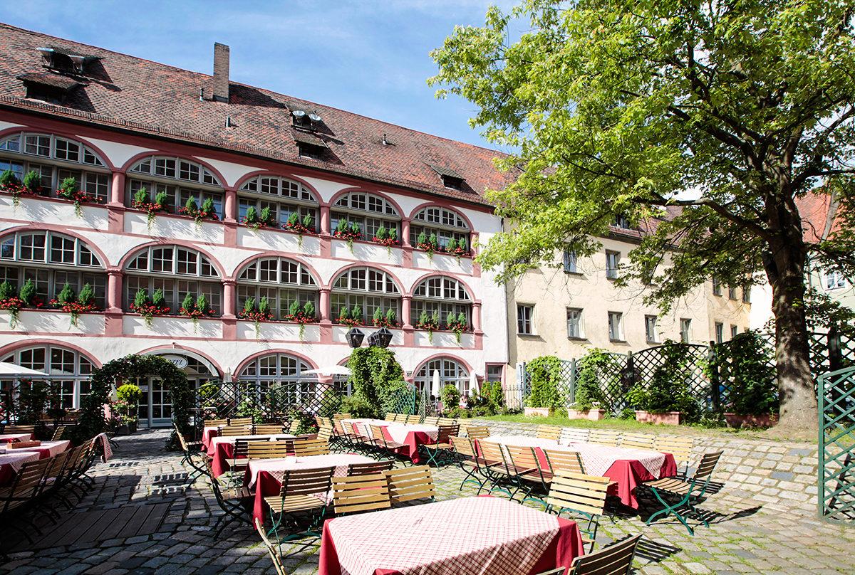 Один из отелей в Регенсбурге