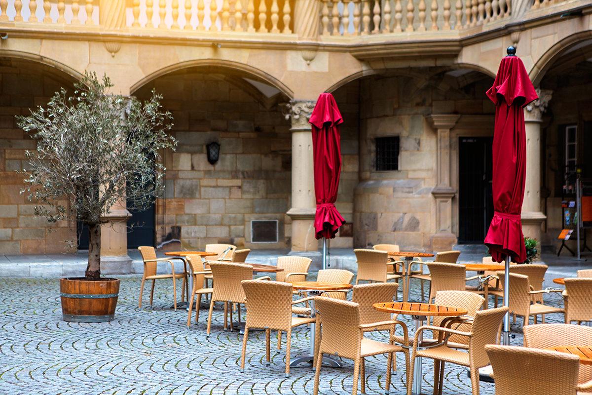 Ресторан во дворе Старого замка, Штутгарт