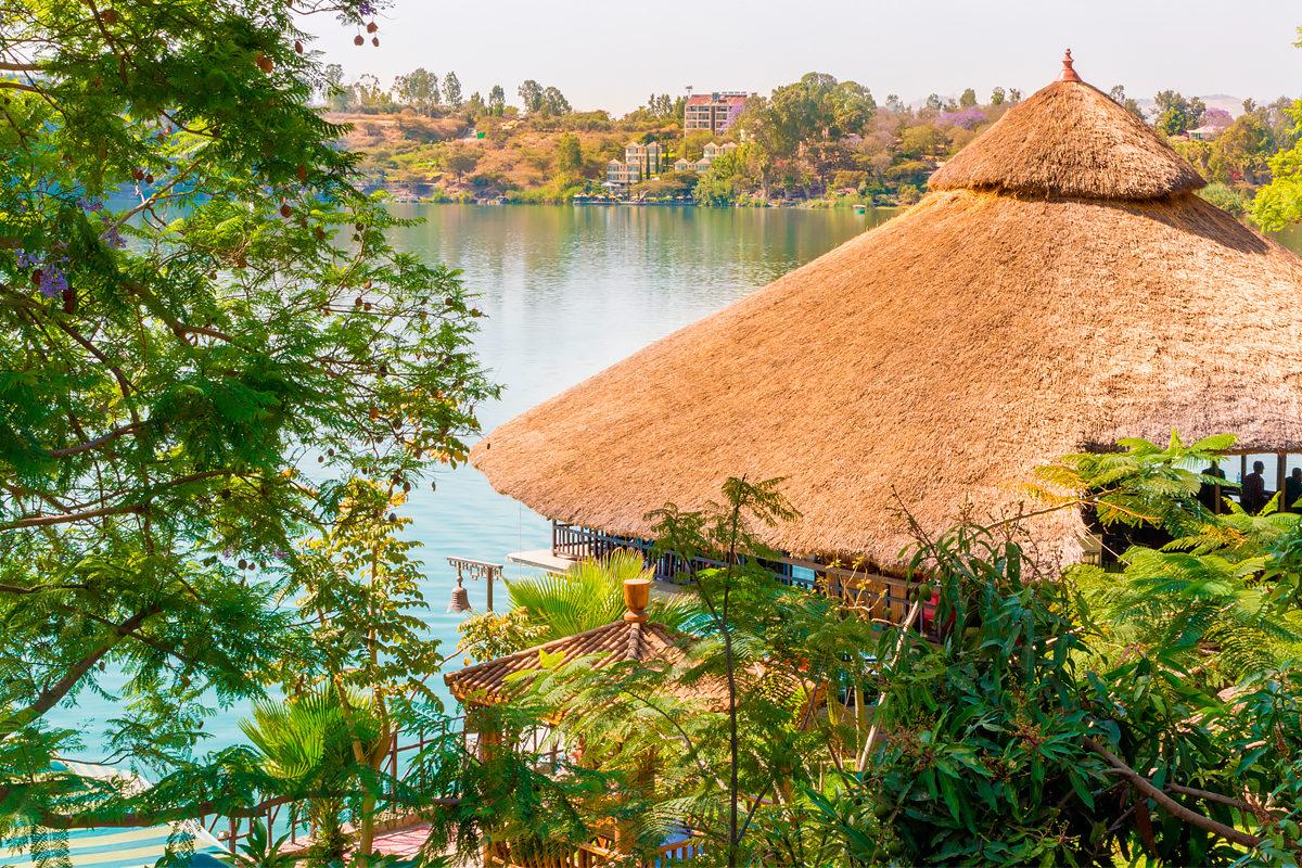 Курорт на берегу оз.Бабогая, Эфиопия