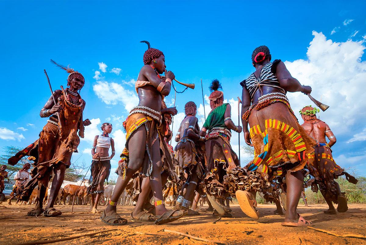 Женский танец посвящения, Эфиопия