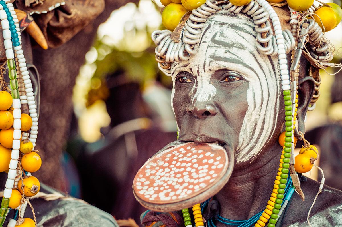 Женщина из племени Мурси