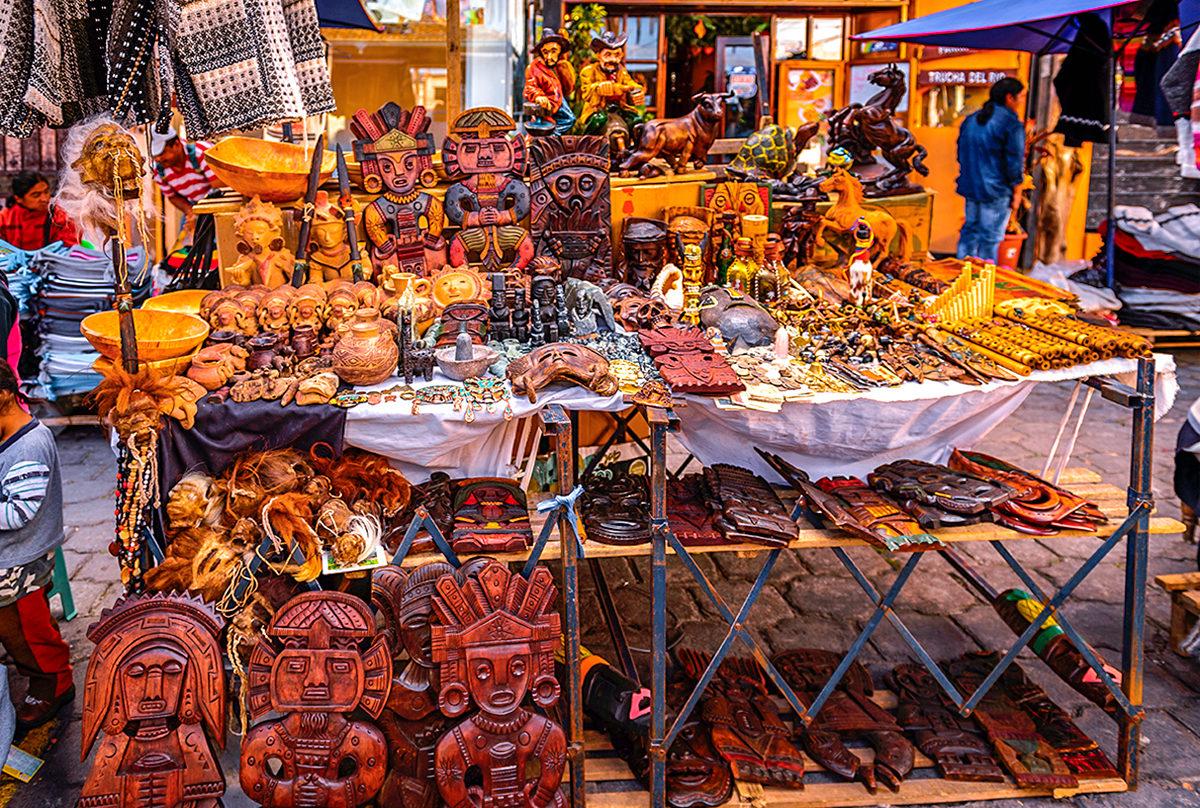 Сувениры из дерева, Эквадор