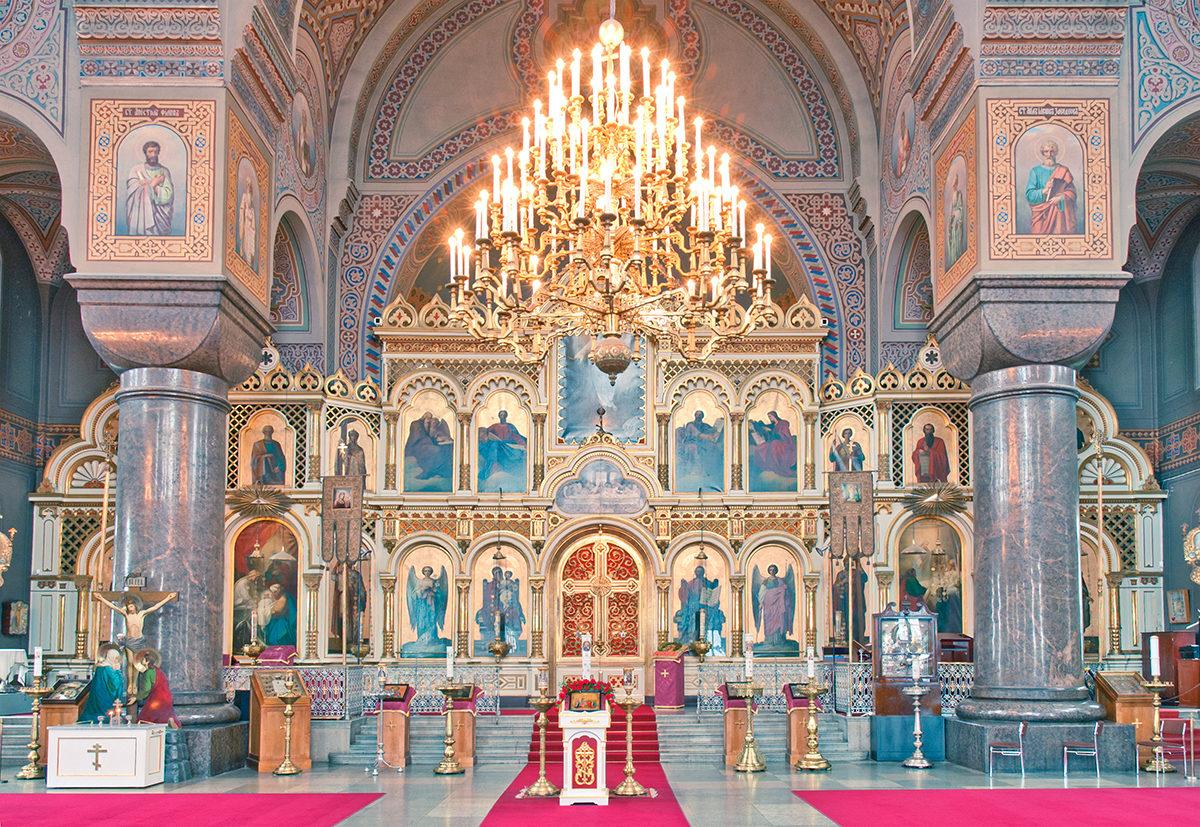 Успенский кафедральный собор, интерьер