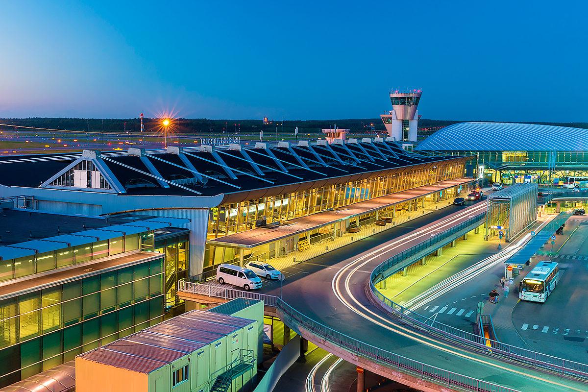 Один из терминалов, аэропорт Хельсинки-Вантаа