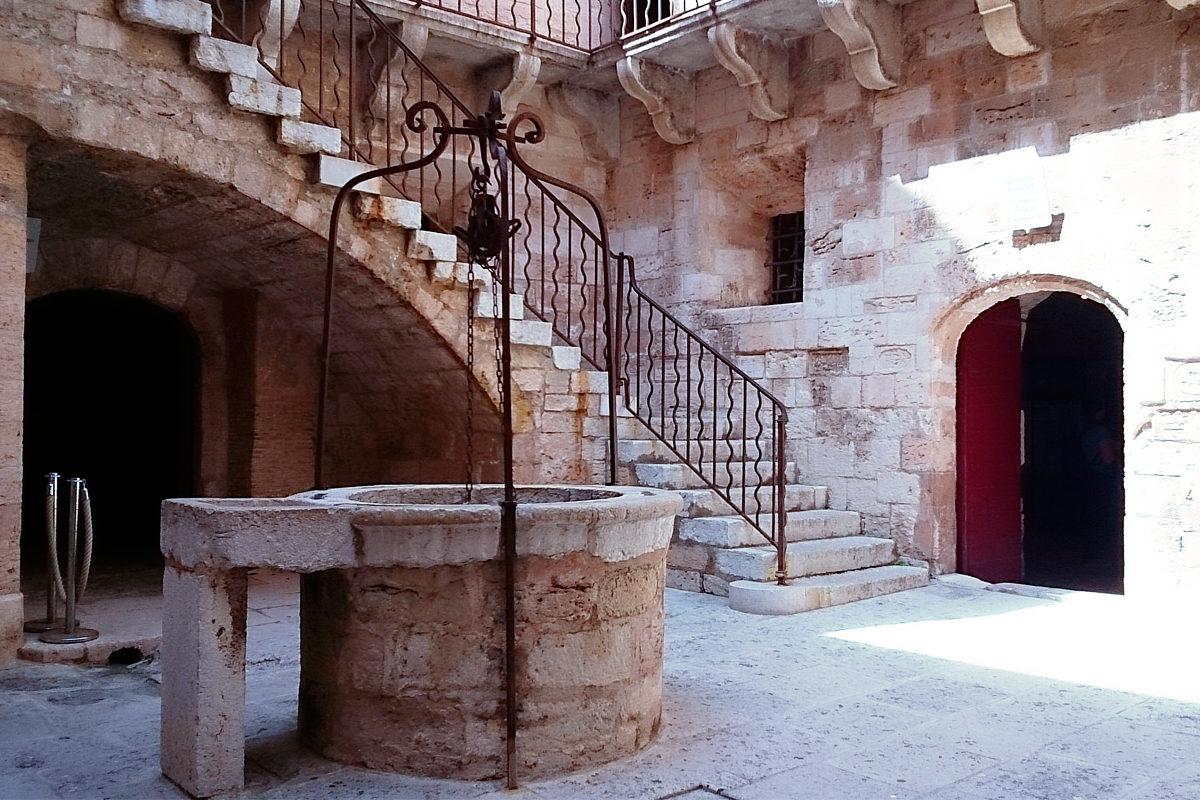 В замке Иф