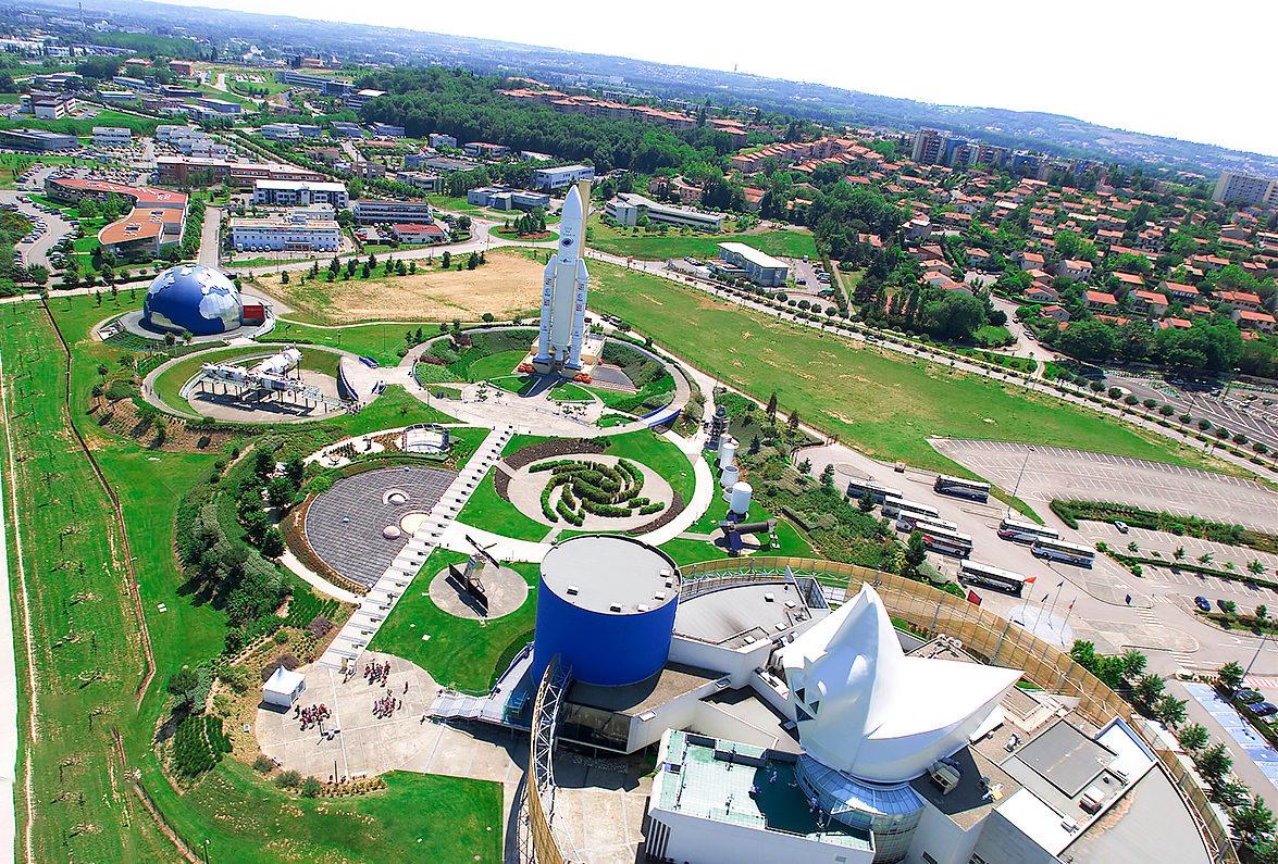Космический городок, вид сверху