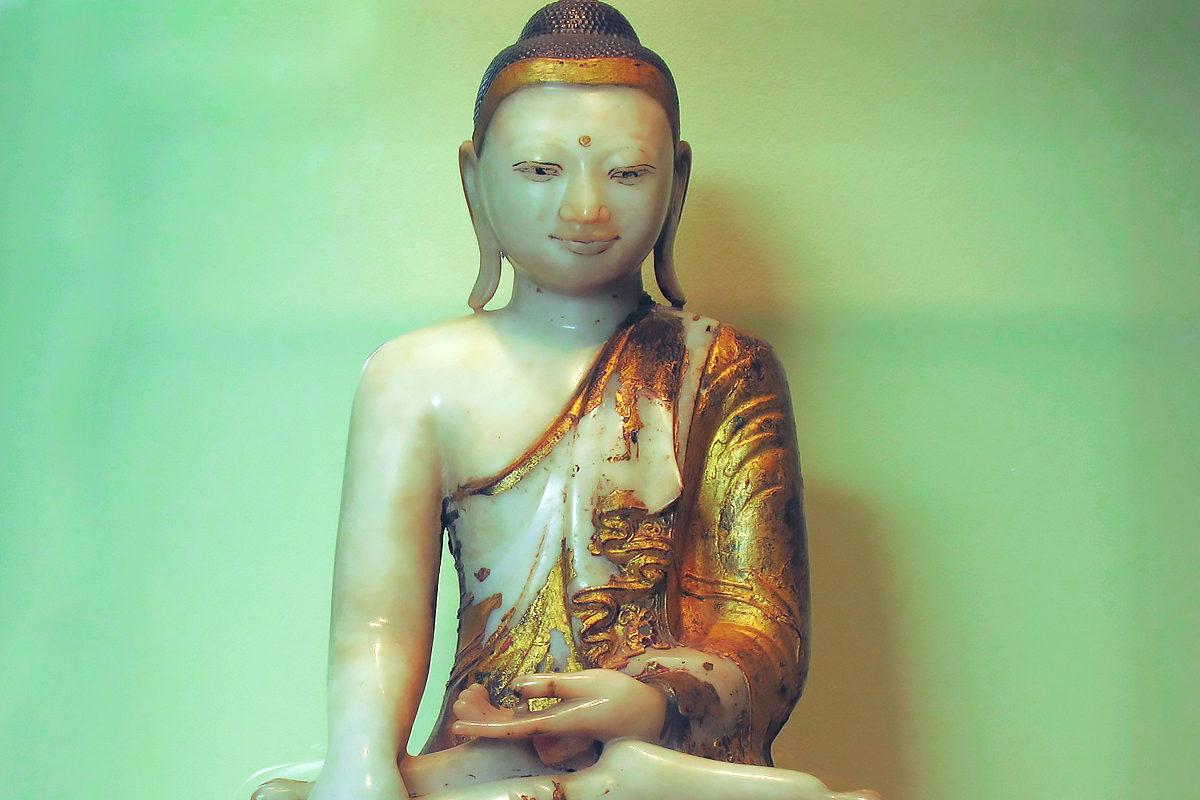 Статуэтка Будды, музей Жоржа Лаби