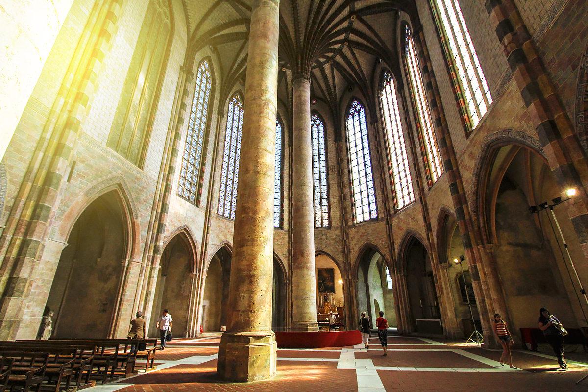 Величие церкви Монастыря якобинцев, Тулуза