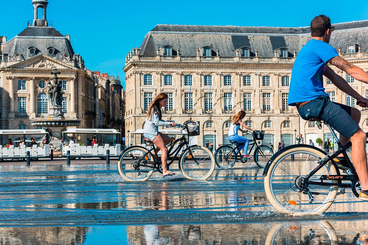 Велопрогулка по Фонтану Зеркал