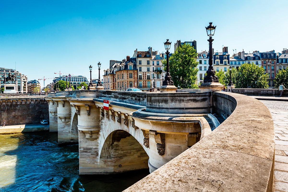Новый мост, Париж