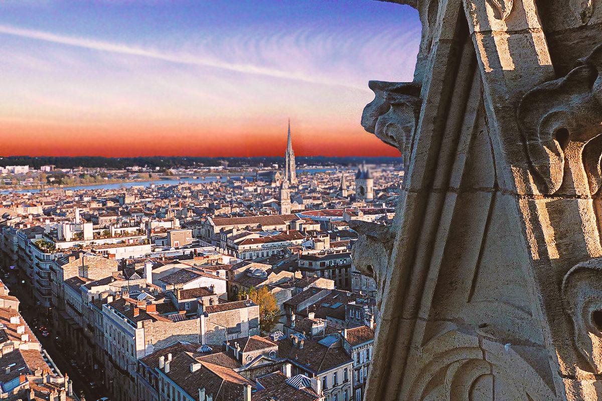 Вид на город с высоты башни Пе-Берлан