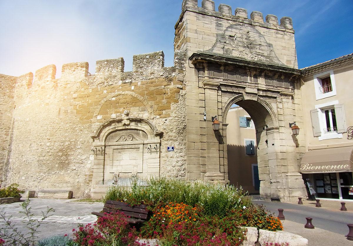 Крепостные стены Авиньона, ворота