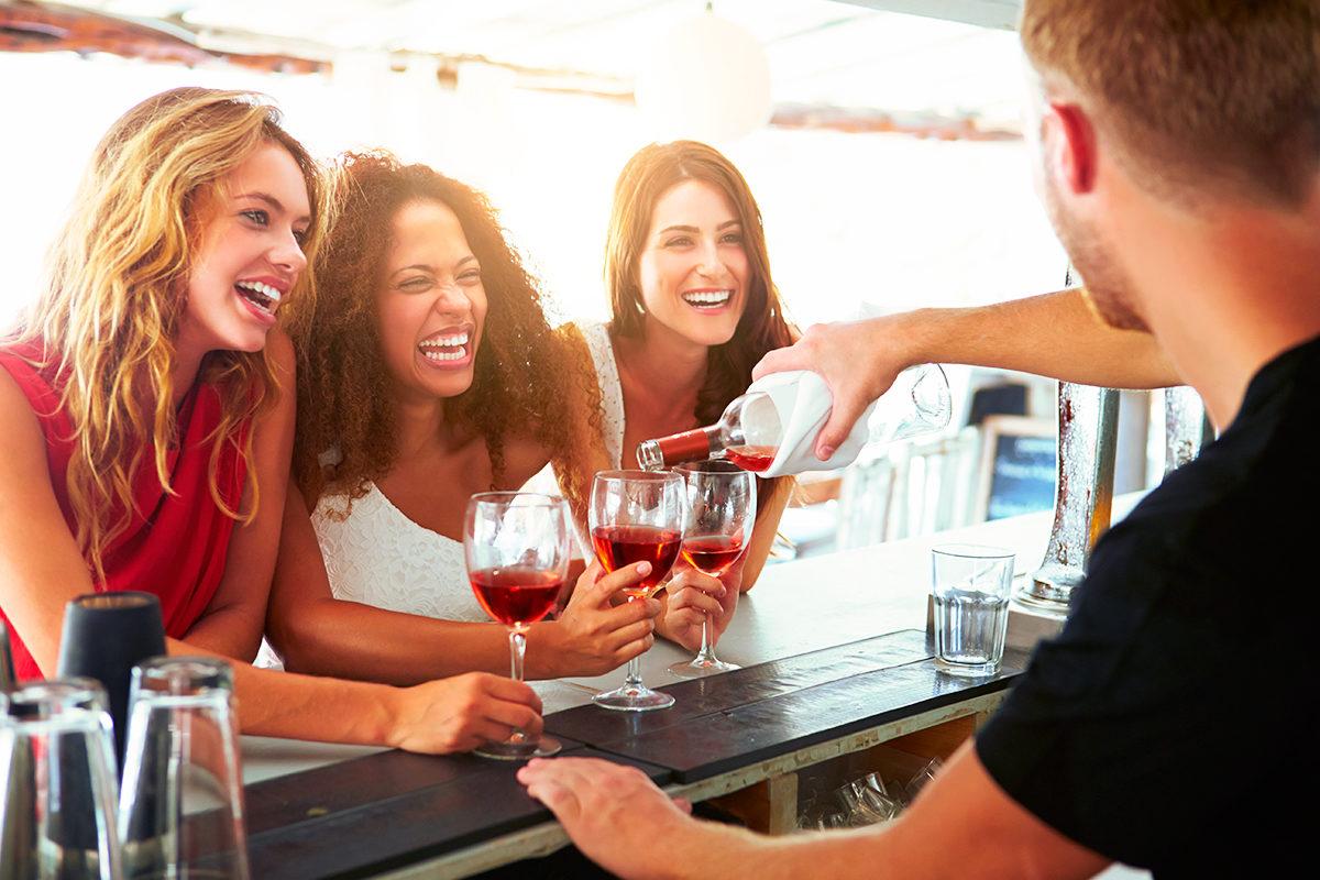 Вино объединяет!