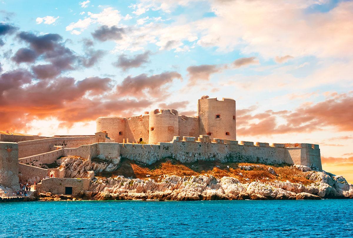 Остров и замок Иф