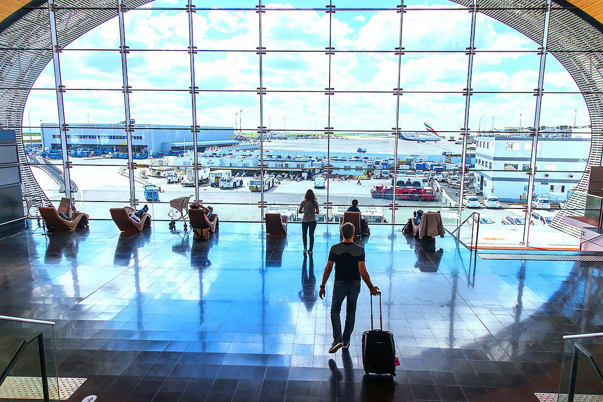 Аэропорт имени Шарля де Голля