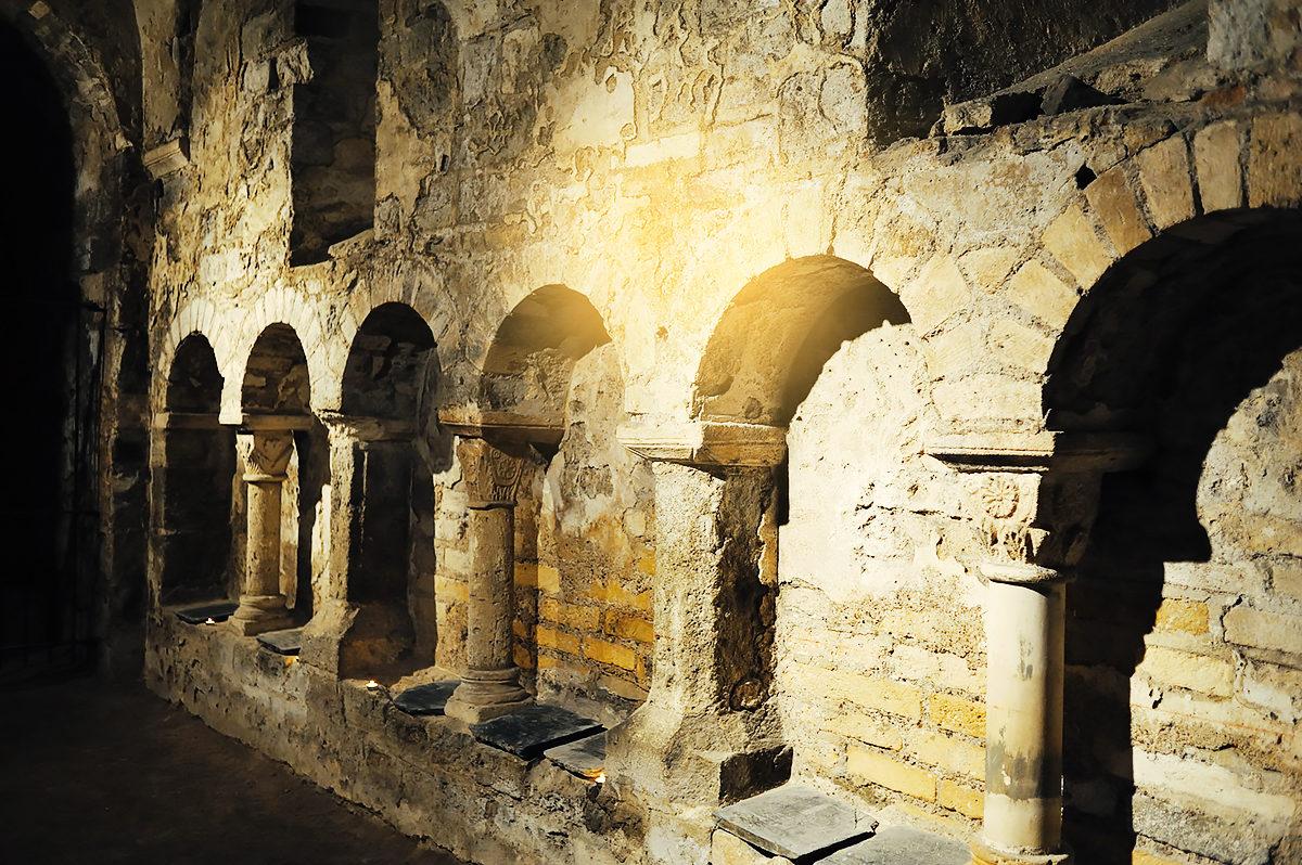 Крипта святого Аниана