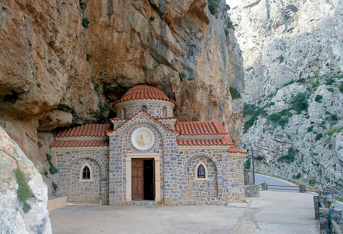 Церковь Николая Чудотворца, ущелье Котсифу