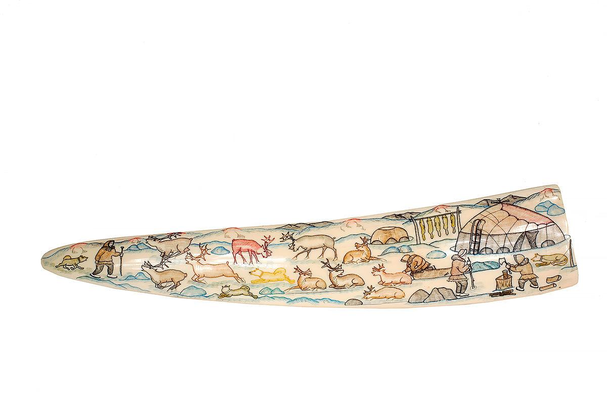 Сувенир из бивня моржа