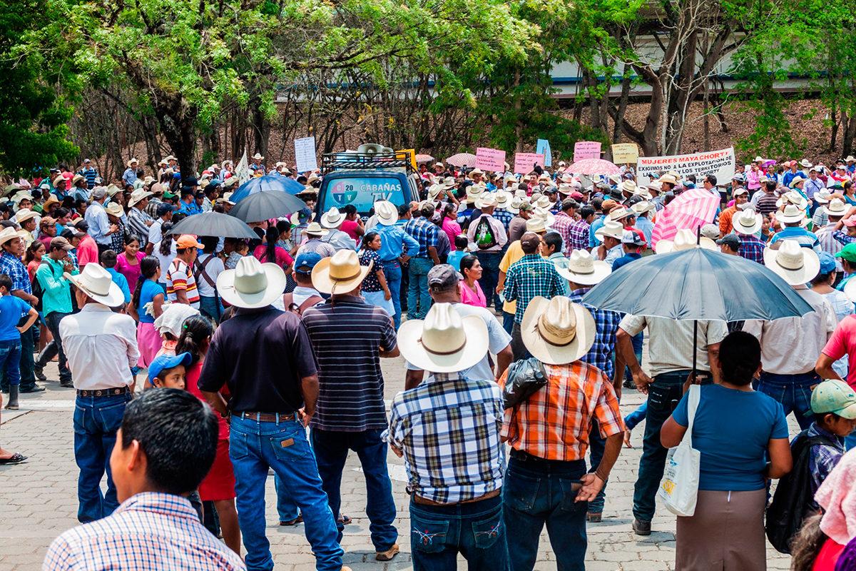 Коренные жители Гондураса на демострации