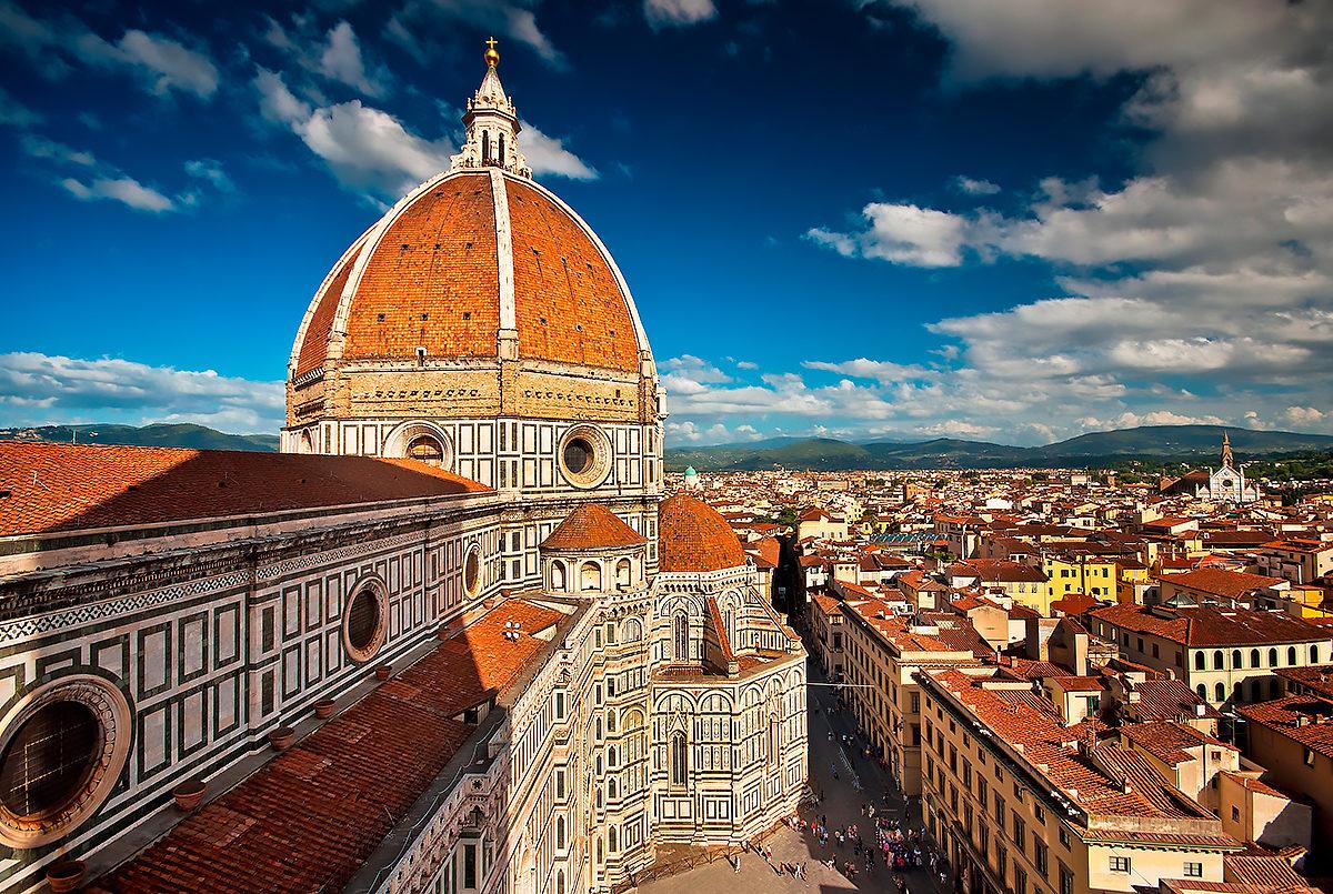 Пьяцца дель Дуомо (Piazza del Duomo), вид сверху