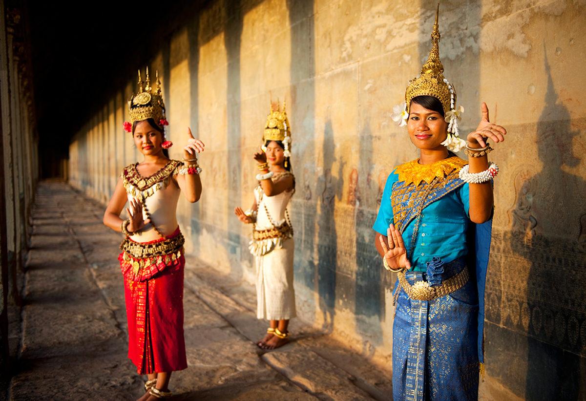 Историю Камбоджи может рассказать танец