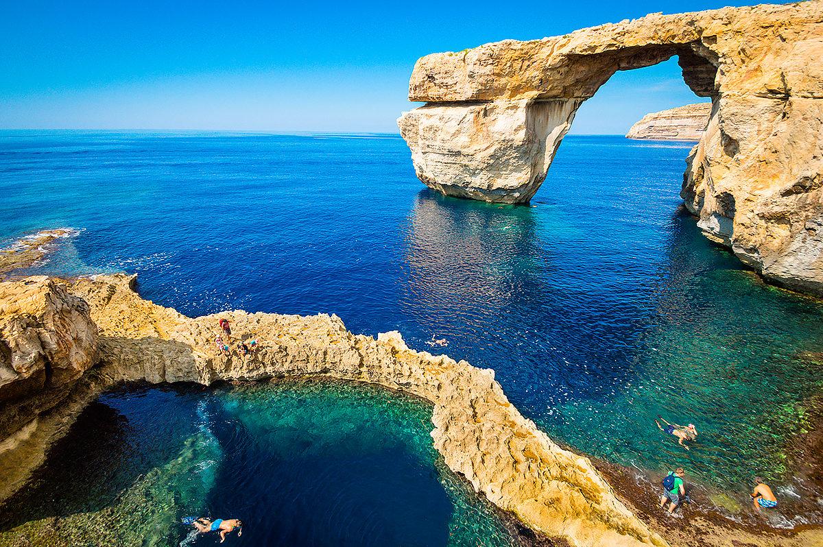 Скалистая часть побережья Мальты