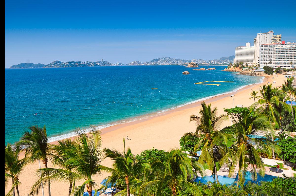Прекрасный вид на побережье Акапулько, Мексика
