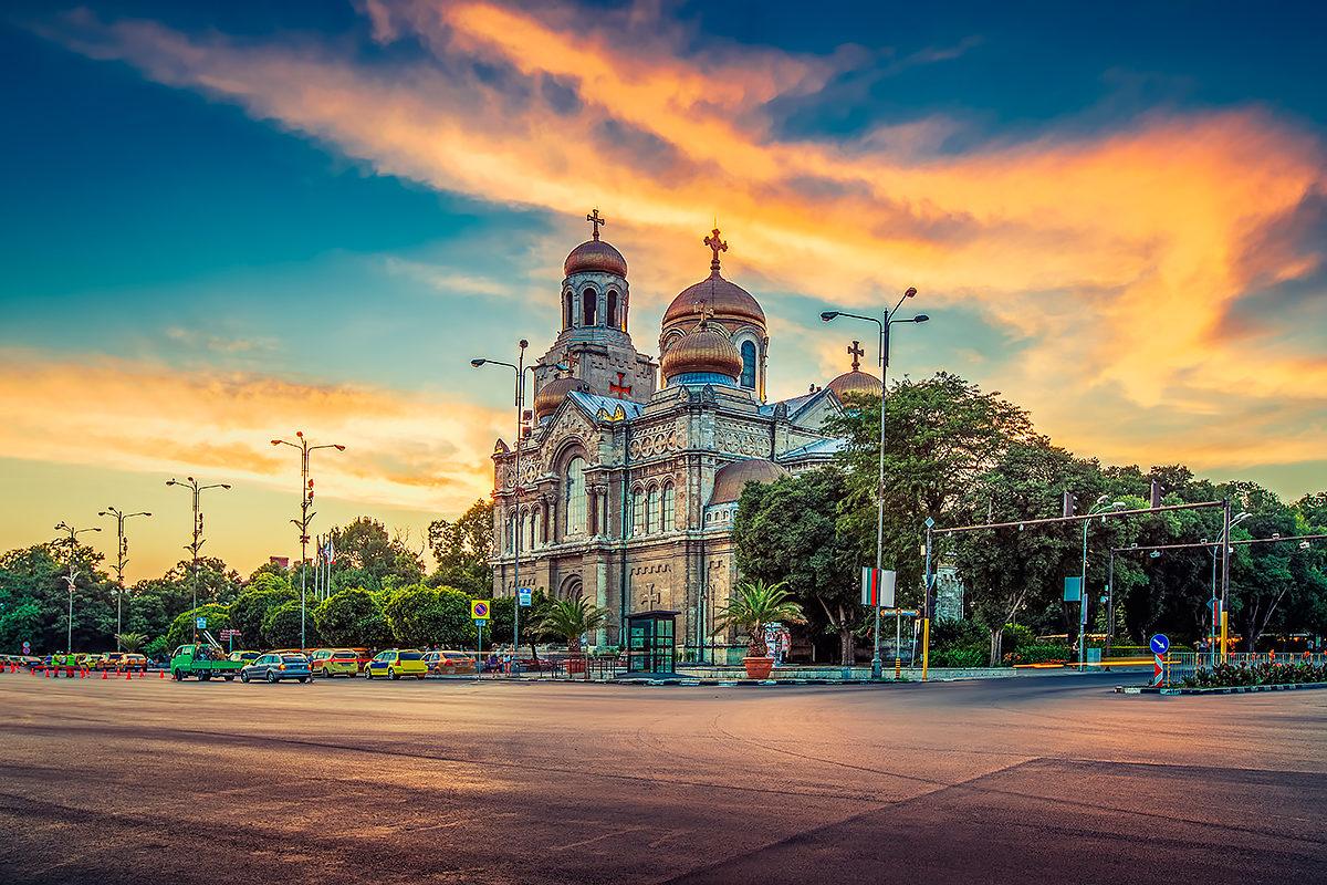 Собор успения, Варна