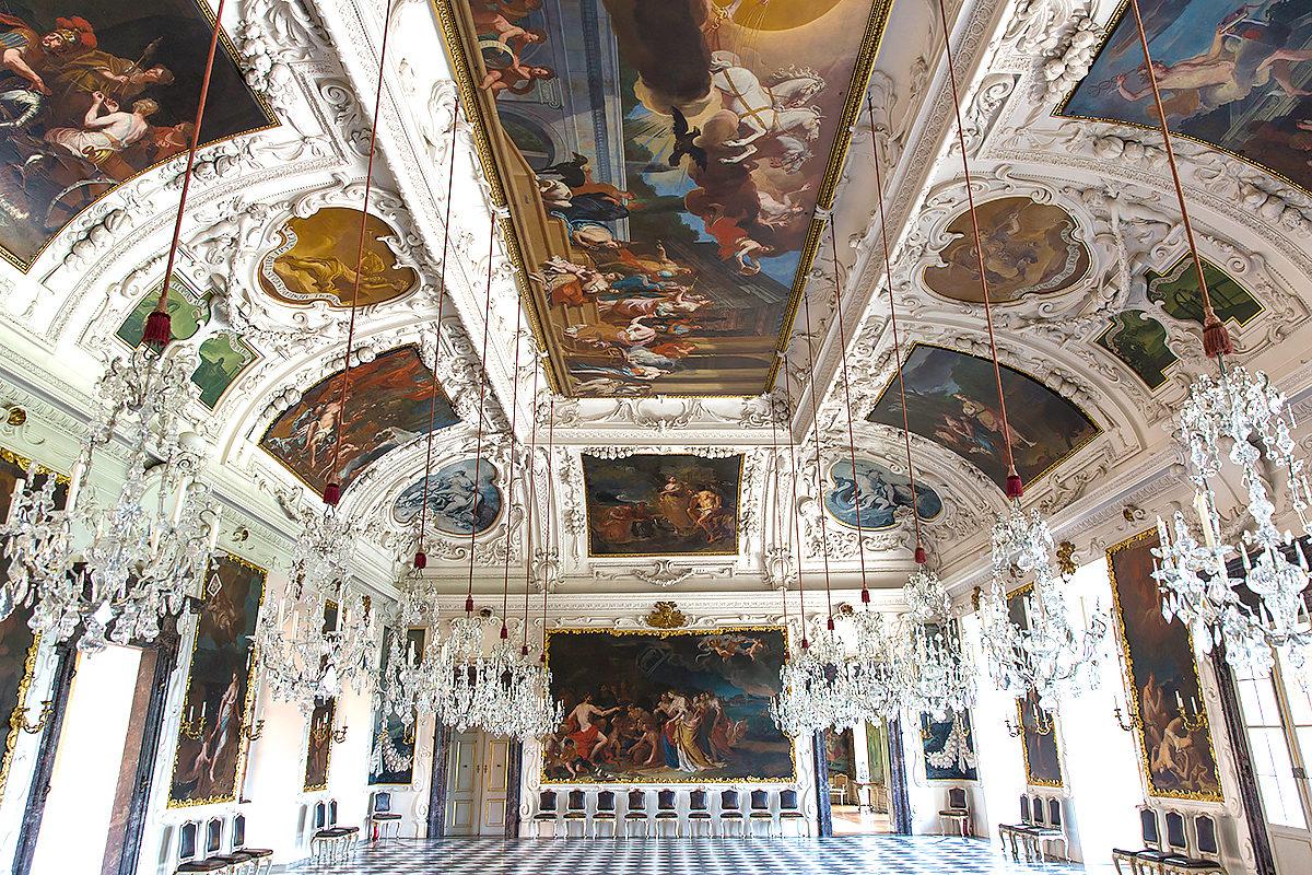 Интерьер замка Эггенберг