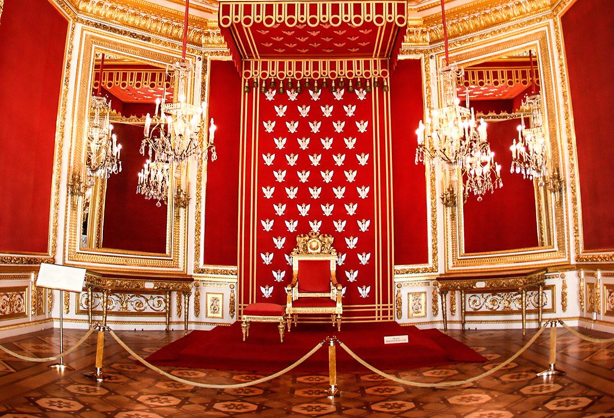Трон польского короля