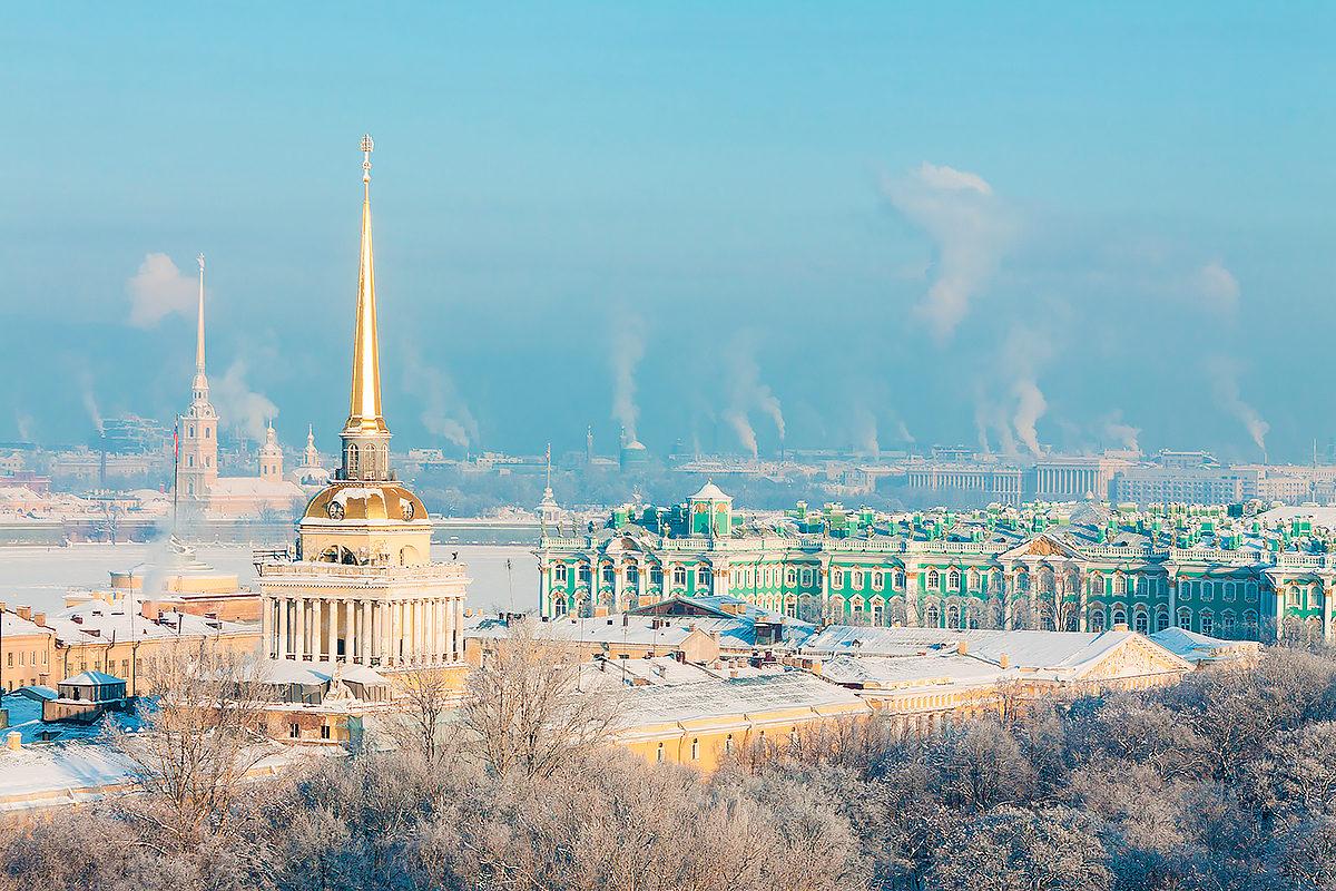 Эрмитаж и Петропавловская крепость зимой